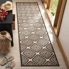 Safavieh Linden Transitional Geometric - Natural / Brown Rug - x Runner x Runner - Natural/Brown) Aqua Area Rug, Beige Area Rugs, Oriental Pattern, Cream Area Rug, Natural Brown, Dark Brown, Contemporary Home Decor, Carpet Stains, Outdoor Area Rugs