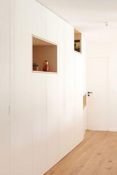 RENOVATION APPARTEMENT CONTEMPORAIN | heju – blog deco, diy, lifestyle Diy Placards, Architecture Parisienne, Bedroom Closet Design, Other Space, Living Spaces, Living Room, Blog Deco, Closets, Interior Architecture