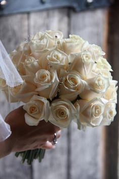 Flower Design Events: Cream Rose Wedding Posy