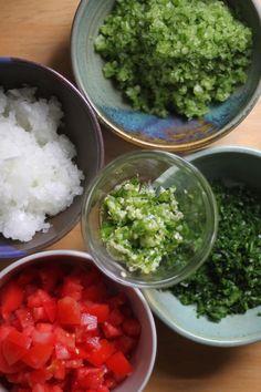 Jenessa's Dinners: moroccan harira soup Chicken Tortilla Soup, Chicken Noodle Soup, Chicken Chili, Harira Recipe, Harira Soup, Moroccan Meatballs, Thai Soup, Meatball Soup, Potato Soup
