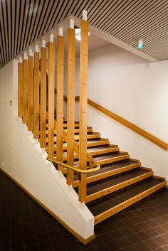 lahti - church of the cross 12 Alvar Aalto, House On A Hill, Stairs, Architecture, Staircases, Basement, Home Decor, Interiors, Fotografia