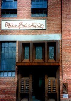 MacRobertson Chocolate Factory Apartments / Robert Nichol & sons