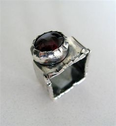 Sterling silver artisan ring by Amallias