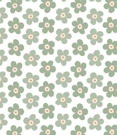 Lola tafelzeil Small Big Flower Green Tea - Lola tafelzeil met thee groene bloemen op een lichte ondergrond. Op de overhang aan de lange kant van de tafel staat het lola logo geprint in de kleur van het tafelzeil. Goede kwaliteit en gemakkelijk schoon te houden met een vochtige vaatdoek. Kies de gewenste lengte in het menu en wij snijden het met liefde voor u op maat.