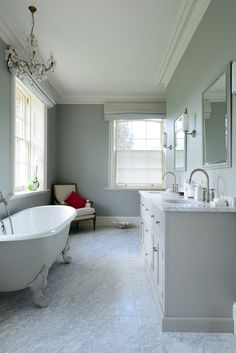 A beautiful bathroom which uses furniture from deVOL's Classic English Range