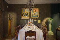 Baroque dining room of the Näsilinna palace. / Näsilinnan palatsin uusbarokkinen ruokasali. www.valaistusblogi.fi