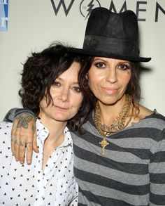 Sara Gilbert announces she is pregnant! Expecting first child with wife Linda Perry.