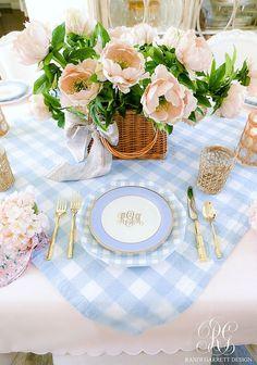 Easy Easter table roundup #easter #heisrisen #eastertable #easterdinner #easterdecor #springdecor #tablescape #eastertablescape #easterdinnertable #pinktablescape #floraltablescape #galentines #femininetable #tablesetting #hostingathome #saferathomefortheholidays #peonies #easterbasket #placesetting #easterplacesetting Easter Dinner, Easter Table, White Home Decor, Easy Home Decor, Place Settings, Table Settings, Blue And White, Centerpieces, Table Decorations