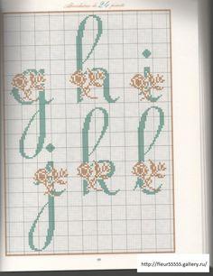 Plus de 5 500 mi - velvetstreak Plastic Canvas Letters, Coffee Flower, Cross Stitch Letters, Alphabet Design, Alphabet And Numbers, Useful Life Hacks, Stitch Patterns, Bullet Journal, Embroidery
