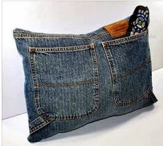 Upcycle Recycled Designer Denim Jeans TV Remote Control Storage Pocket Pillow- could do this in a reading center Diy Jeans, Recycle Jeans, Upcycle, Reuse, Jean Crafts, Denim Crafts, Jean Diy, Denim Ideas, Sewing Pillows