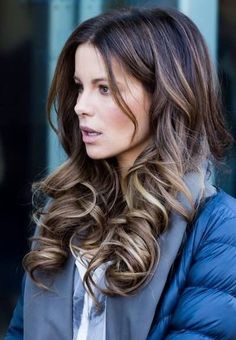 Gorgeous Kate Beckinsale and her beautiful hair