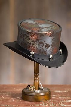 Steampunk Victorian Skull N Roses Leather Top Hat Arte Steampunk, Steampunk Top Hat, Steampunk Design, Steampunk Costume, Victorian Steampunk, Steampunk Clothing, Steampunk Fashion, Gothic Fashion, Steampunk Shoes
