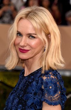 Pin for Later: See Every Breathtaking Beauty Look From the 2016 SAG Awards Naomi Watts