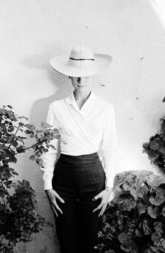 "Audrey Hepburn during the filming of ""The Unforgiven"" in 1958 by Inge Morath."