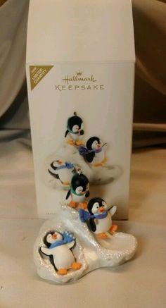 Repeat Crafter Me: Crochet Penguin Hat Pattern Penguin Hat, Crochet Penguin, Penguin Love, All About Penguins, Penguins And Polar Bears, Cute Penguins, Penguin Ornaments, Xmas Ornaments, Christmas Decorations