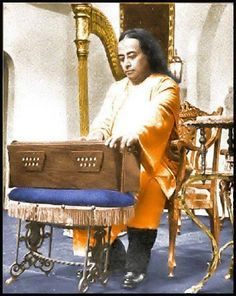 An introduction to the life of Paramhansa Yogananda and his spiritual teachings, including meditation and Kriya Yoga. With a photo gallery and more.