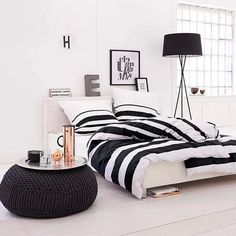 Black&white beautiful bedroom ❤