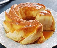 Flan Cake is an irresistible dessert that combines the smooth silky flan with a moist vanilla sponge cake and caramel topping. Cake Flan, Cream Cheese Flan, Cake Recipes, Dessert Recipes, Cuban Recipes, Dessert Ideas, Caramel Flan, Flan Recipe, Vanilla Flan Cake Recipe