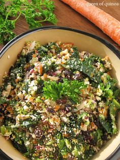 Detox Salad from Queen of Quinoa (Gluten Free + Dairy Free + Sugar-Free + Vegan) bodybuilding bodybuilding recipes Healthy Recipes, Detox Recipes, Healthy Salads, Dairy Free Recipes, Raw Food Recipes, Salad Recipes, Vegetarian Recipes, Healthy Eating, Cooking Recipes