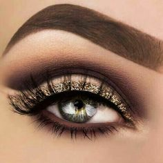 Stunning Glitter Gold Eye Make Up Ideas For Inspiration Gorgeous Makeup, Pretty Makeup, Love Makeup, Makeup Inspo, Makeup Art, Makeup Inspiration, Makeup Tips, Beauty Makeup, Makeup Looks