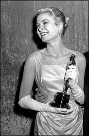 Grace Kelly, 1954 #Grace Kelly
