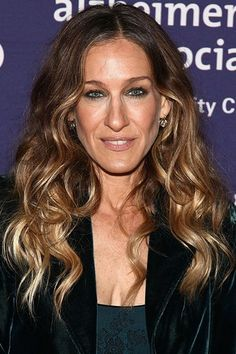 Celebrities with curly hair  A-list Girls with curls - Sarah Jessica Parker  Curly 2755b86dfc