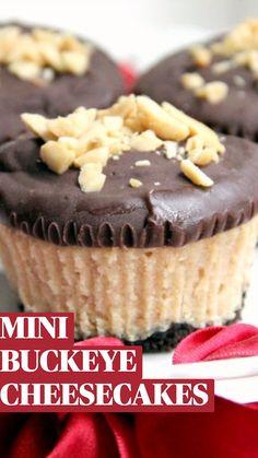 Homemade Cheesecake, Cheesecake Recipes, Cupcake Recipes, Dessert Recipes, Homemade Snickers, Cheesecake Bars, Chocolate Cheesecake, Homemade Chocolate Cupcakes, Chocolate Recipes