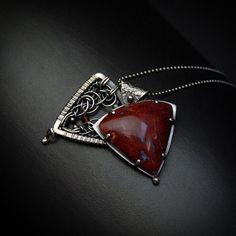 Iza Malczyk Gallery of artisan silver jewellery. Metal Jewelry, Jewelry Art, Silver Jewelry, Jewelry Design, Jewellery, Silver Lockets, Bracelet Making, Jasper, Garnet