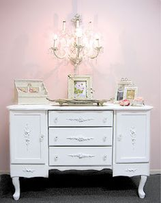 Tempo on pinterest vintage furniture french chairs and - Muebles antiguos restaurados ...