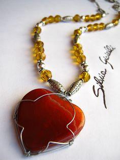 collana con agata a forma di cuore