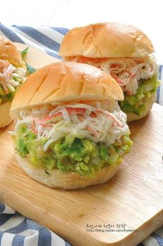 Pin on 파티 Brunch Cafe, K Food, Cafe Food, Korean Food, Sandwiches, Salmon Burgers, Food Photography, Food And Drink, Cooking Recipes