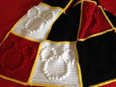 This Mickey Mouse granny square blanket is the best gift for that Disney-obsessed friend!