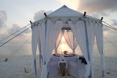 Dining tent on the beach in Fiji. Perfect for a wedding, tents :) lovely