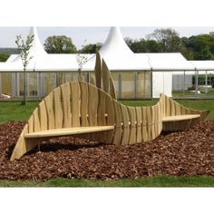 Wave and Splash bench -made from american tulipwood by Philip Kooman.