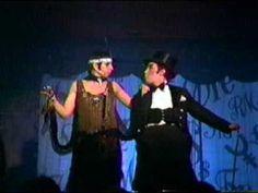 Cabaret - Money Makes the world go round - Liza minnelli & Joel Grey Liza Minnelli, Dance Videos, Music Videos, Joel Grey, Comedia Musical, Bob Fosse, Shall We Dance, Beautiful Songs, Funny Videos