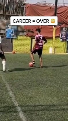 Soccer Gifs, Soccer Memes, Soccer Quotes, Play Soccer, Soccer Warm Up Drills, Soccer Warm Ups, Soccer Training Drills, Football Tricks, Football Workouts