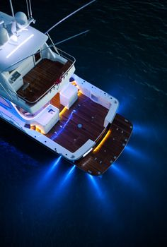 James Russ worked on this elite super yacht to create lighting with crisp finishes. Ekara is a stunning example of how James Russ can adapt to different environments to create exceptionally clean, functional lighting. Motor Yachts, Deck Boat, Below Deck, Boat Stuff, Super Yachts, Open Water, Jet Ski, Bass Fishing, Boats