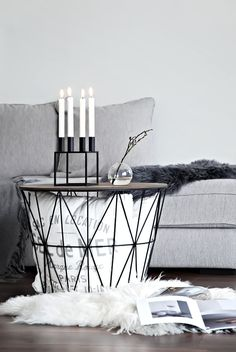 Only Deco Love: Black byLassen (Favorite Spaces Coffee Tables) Design Living Room, Family Room Design, My Living Room, Decoration Design, Deco Design, Couches For Small Spaces, Room Deco, Scandinavian Interior Design, Home And Deco