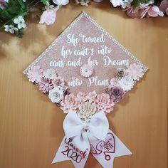 Rose gold graduation cap topper/ graduation cap ideas