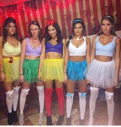 75 Creative and Spooky Group Halloween Costume Ideas Gravetics Diy Princess Costume, Disney Princess Halloween Costumes, Cute Group Halloween Costumes, Cute Costumes, Halloween Kostüm, Halloween Outfits, Costume Ideas, Group Costumes, Pocahontas Costume
