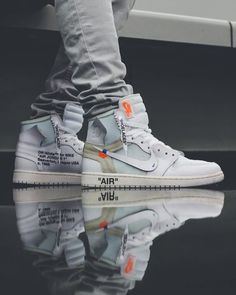 Nike Air Jordan there absolutely amazing if you wear these shoes heads will turn literally everywhere you go yizzer. Best Sneakers, Sneakers Fashion, Shoes Sneakers, Sneaker Heels, Parisian Fashion, Bohemian Fashion, Cheap Fashion, Fashion Styles, Fashion Clothes