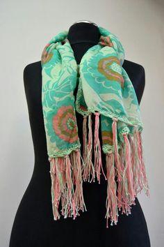 Echarpe com acabamento em crochet knit &Twine