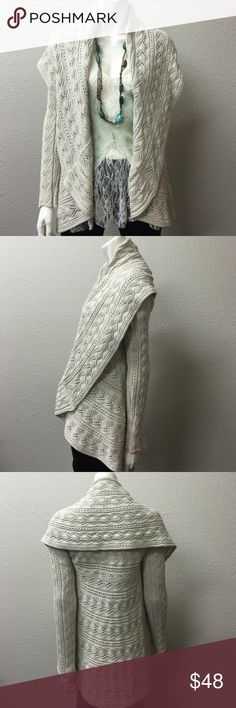 Cabi Cardigan 100% Cotten . 🌾Knit Cabi  cardigan.Great condition  and very stylish for this fall 🍂🍁 CAbi Sweaters Cardigans