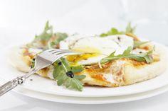 Prosciutto Arugula and Fried Egg Pizza www.bellalimento.com