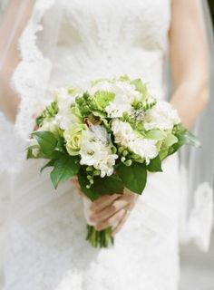 Washington DC Wedding Ceremony Green and White Bridal Bouquet 275x374 Modern Meets Vintage Wedding Ceremony in Washington DC: Jessica + Ian