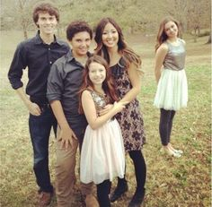 Rebecca, John Luke, Will, Bella and why is Sadie way over there?