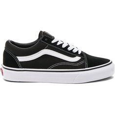 Vans Old Skool (970 ARS) ❤ liked on Polyvore featuring shoes, sneakers, vans trainers, vans shoes, rubber sole shoes, laced up shoes and lacing sneakers