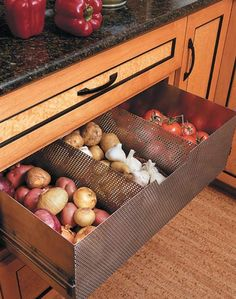 A ventilated produce drawer for non-refrigerated goods? That's a stroke of genius we can get behind.