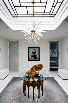 The entrance area, also known as the foyer, is one area that can give a first impression of your home. Yes, because the foyer is the first area that welcomes everyone… Continue Reading → Design Entrée, Flur Design, House Design, Design Ideas, Design Projects, Design Trends, Hall Design, Design Inspiration, Entrance Decor