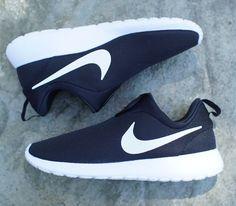 save off 1afe9 ba46f Nike Roshe Run Slip-On - Black   White